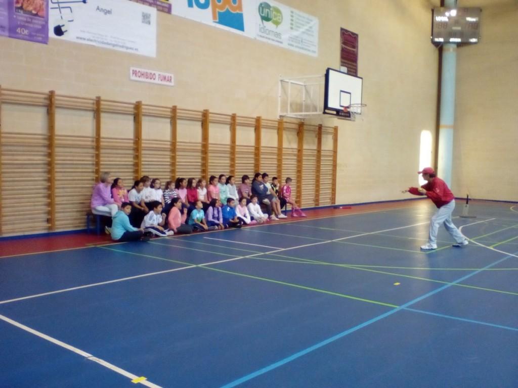 Taller Béisbol CEIP Pedro Velarde - clase impartida por Larry